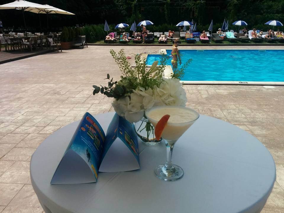 pool-party-Activia